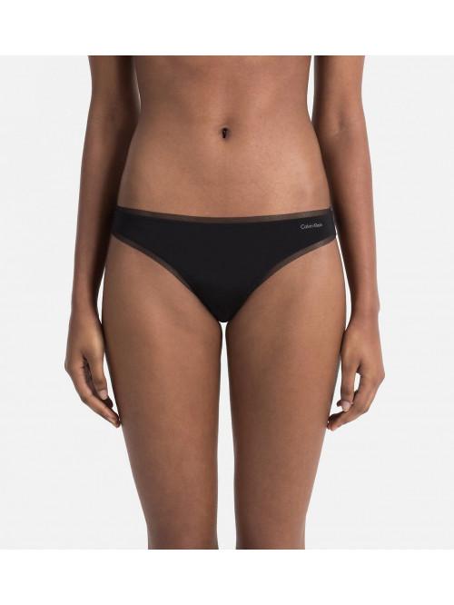 Dámske tangá Calvin Klein Sculpted Mesh čierne