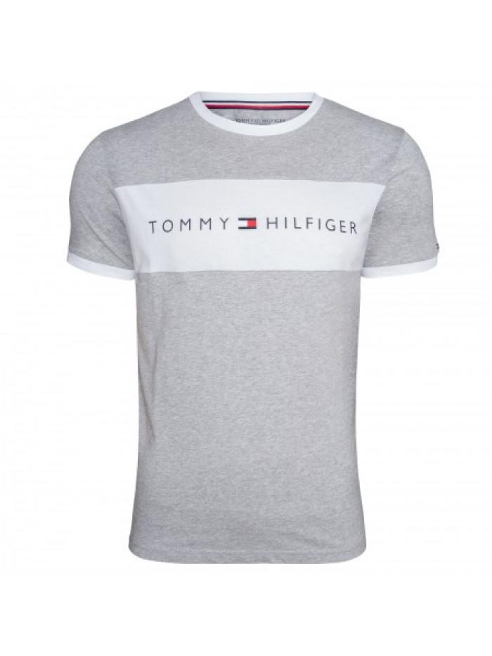 Pánske tričko Tommy Hilfiger CN SS TEE LOGO FLAG sivé
